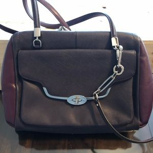 Coach plum shoulder bag